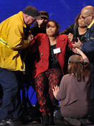 &quot;American Idol&quot; Contestant Collapses On Stage