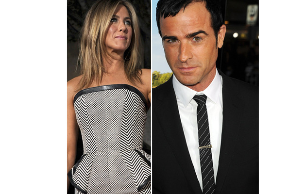 Jennifer Aniston Avoids Boyfriend Justin Theroux at Premiere