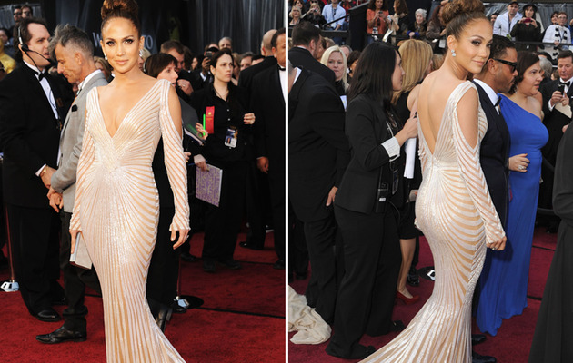 Jennifer Lopez Hits Red Carpet Solo, Flaunts Cleavage
