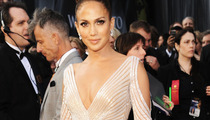 "Jennifer Lopez Insists ""There Was No Nipple"" on Oscar Night"