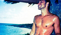 John Stamos, 48, Flaunts Sexy Shirtless Body on Twitter