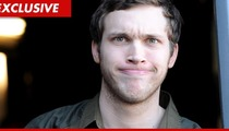 'American Idol' Contestant Phillip Phillips -- Hometown Scrimps to Send Family to Hollywood
