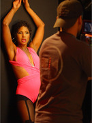 Toni Braxton Sports Short Hair in New Music Video!
