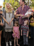 Tori Spelling Pregnant with Baby #4!
