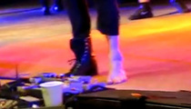 Panic! at the Disco Singer Breaks Ankle On Stage!!