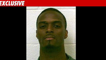Plaxico Burress -- Dirty, 'Filthy,' Inmate