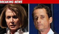 Nancy Pelosi and Other Dems Call on Weiner to Resign
