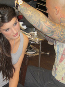 '90210' Star Shenae Grimes Gets a New Tattoo