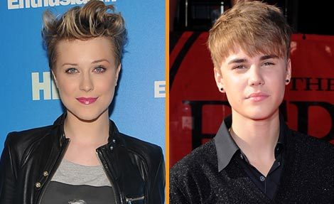 Evan Rachel Wood Belts Out Justin Bieber Song
