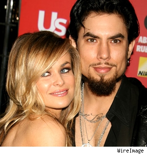 Carmen Electra and Dave Navarro