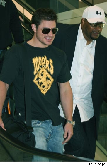 Nick Lachey arrives down under