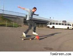 Tom Green breaks his leg