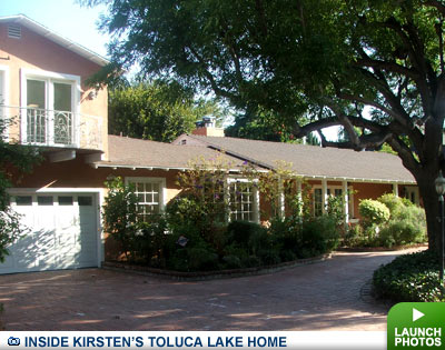 Kirsten Dunst's house in Toluca Lake, CA