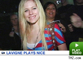 Avril Lavigne: Click to watch