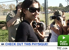 Katie Holmes: Click to watch
