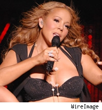 Mariah performs live on stage.