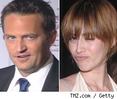 Matthew Perry and Lizzy Caplan