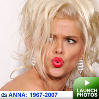 Anna Nicole Smith Gallery: Click to launch photos