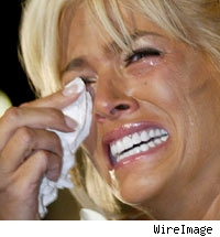 Anna Nicole Smith, crying.