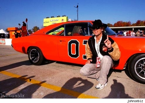 John Schneider with General Lee