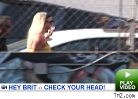Britney at the dance studio: Click to watch