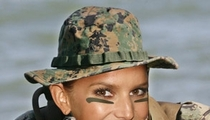 Jessica Simpson, Reporting for Duty!