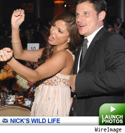 Nick Lachey Galllery: Click to launch