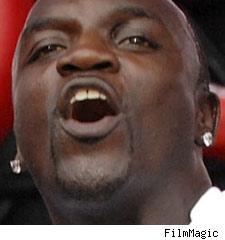 akon  hip hop singer and