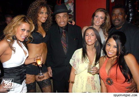 Grandpa Joe Jackson parties in Vegas