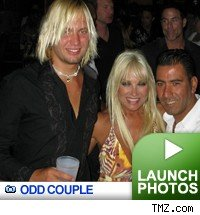 Llinda Hogan: Click to view pics!