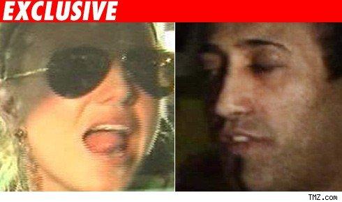 Britney Spears, Adnan