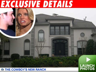 Tony Romo and Jessica Simpson: Click to view pics!