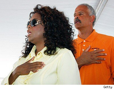 Oprah and Stedman were seen doing the Pledge of Allegiance at something