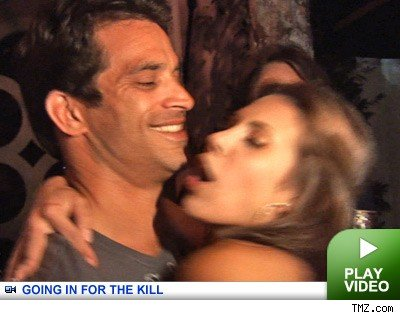 Johnathon Schaech: Click to watch