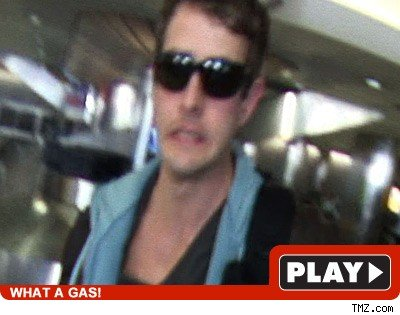 Joey McIntyre: Click to watch