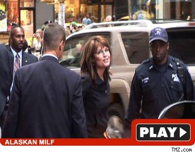 sarah palin hot pics. Sarah Palin -- Click To View!