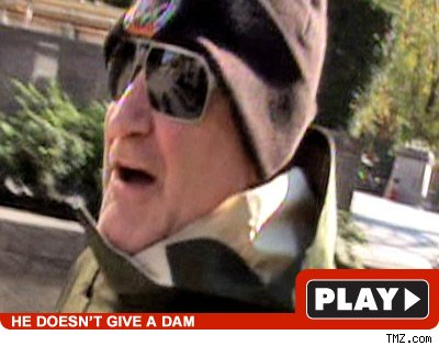 Robin Williams: Click to watch