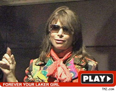Paula Abdul -- Click To View!