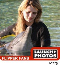 flipper fans : launch photos