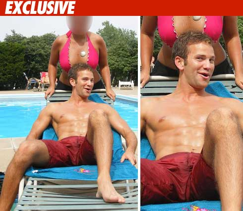 So all this talk about Congressman Aaron Schock and his mystery abs ... well ...