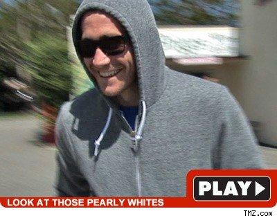 Jake Gyllenhaal: Click to watch