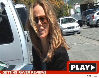 Kim Raver: Click to watch