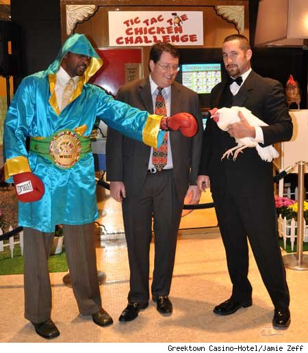 Tommy Hearns and a chicken