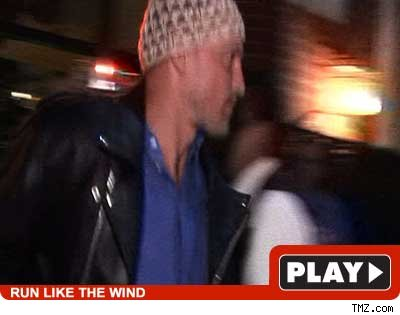 Woody Harrelson -- click to play