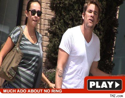 Mark McGrath & Carin Kingsland: Click to watch