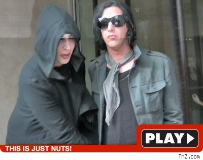 Marilyn Manson: Click to watch