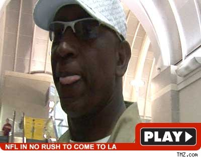 Eric Dickerson -- play video