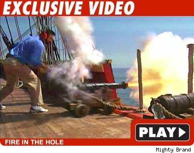 Billy Mays -- play video