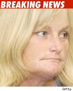 Debbie Rowe Sues 