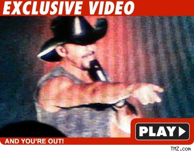 Tim McGraw: Click to watch